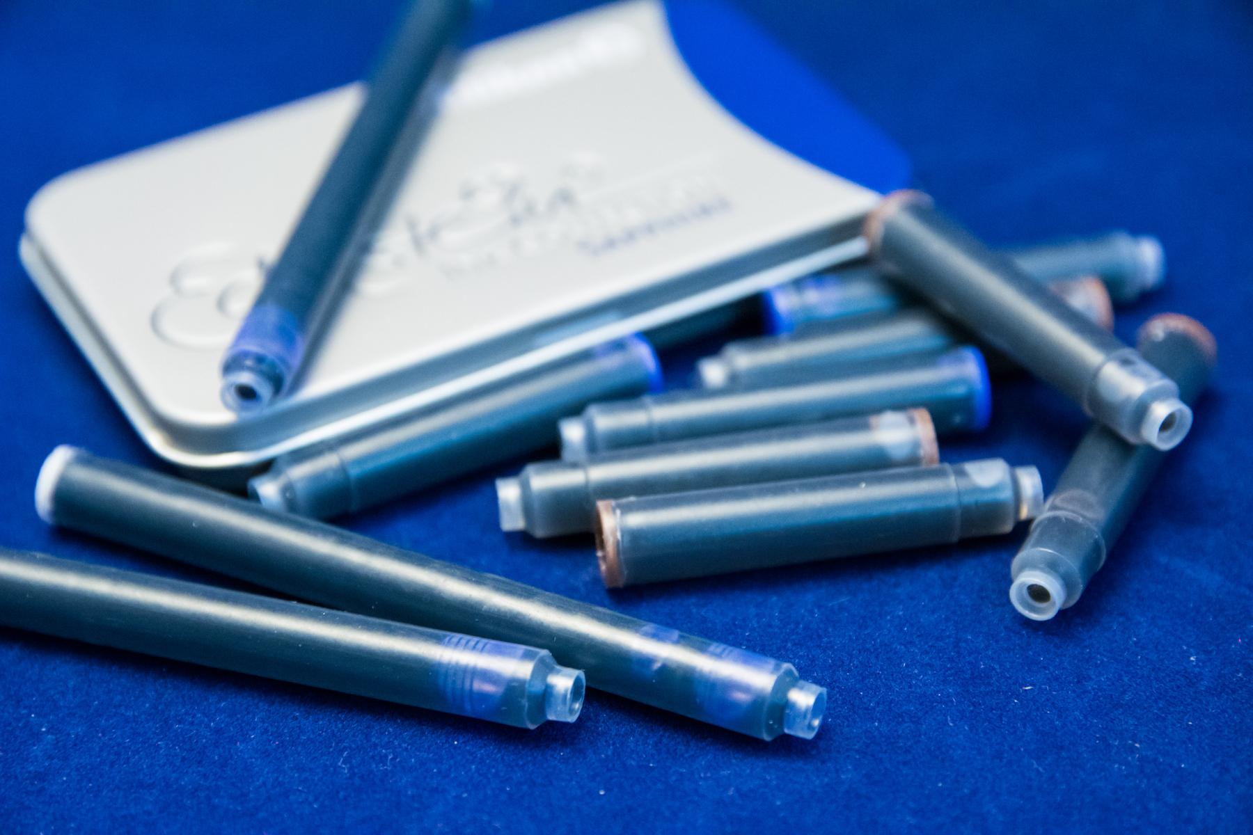 【インク】青か黒か